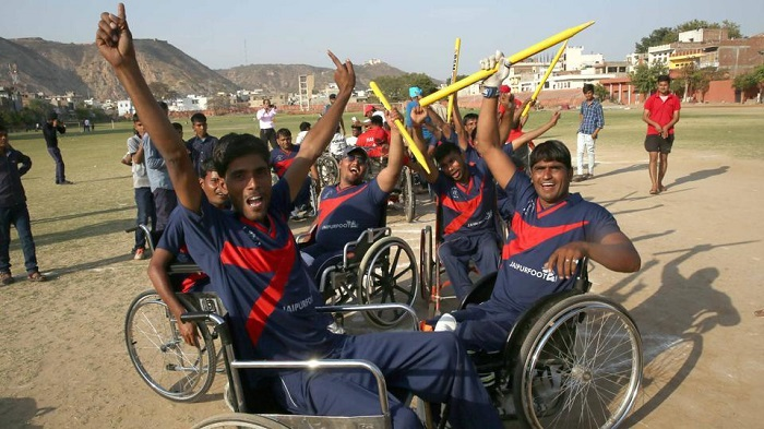 Wheelchair-cricket